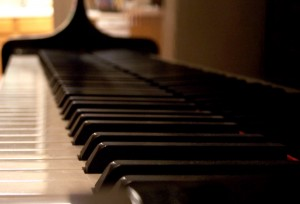 Piano_Keys_warm